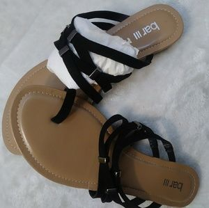 new sandals bar lll size 7m color black